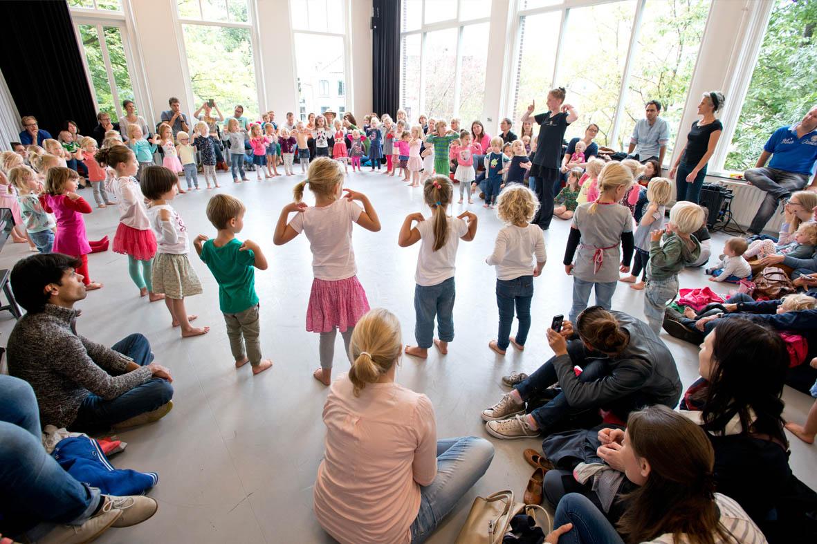 volle studio west tijdens open balletles voor kleuters