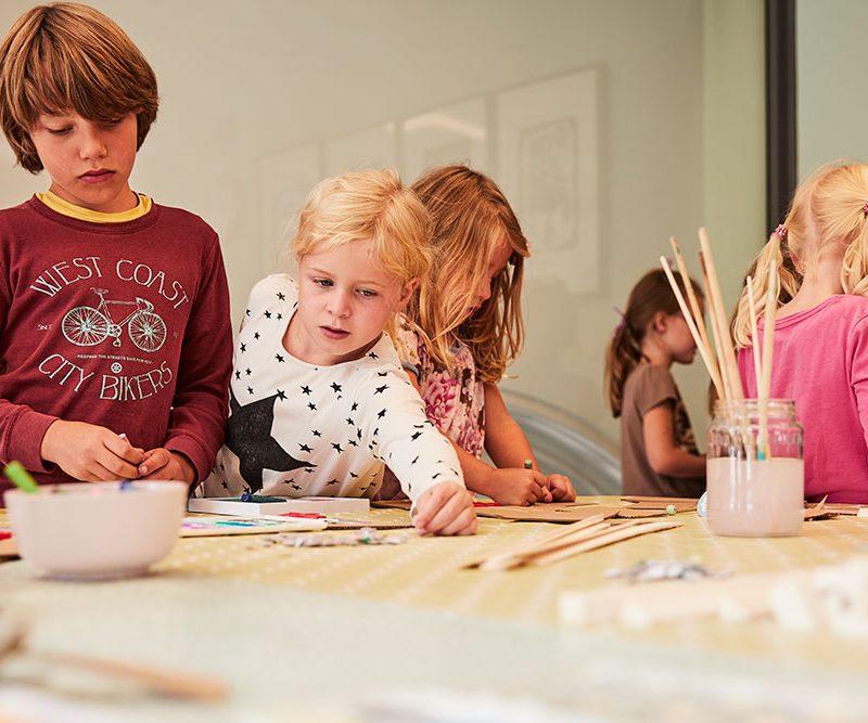 Kinderworkshop in de vergaderkamer