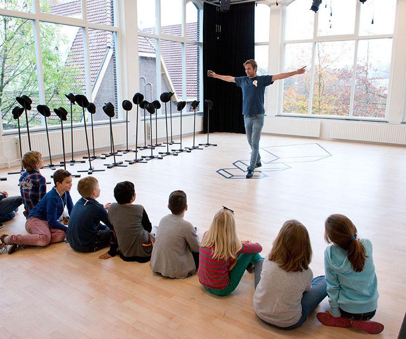 Theaterles voor kinderen in studio oost