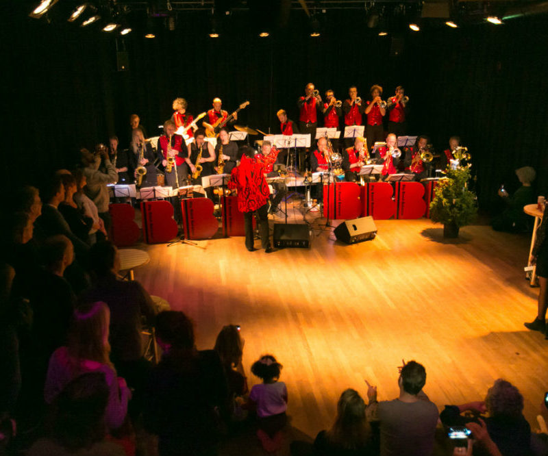 bigband concert in de theaterzaal