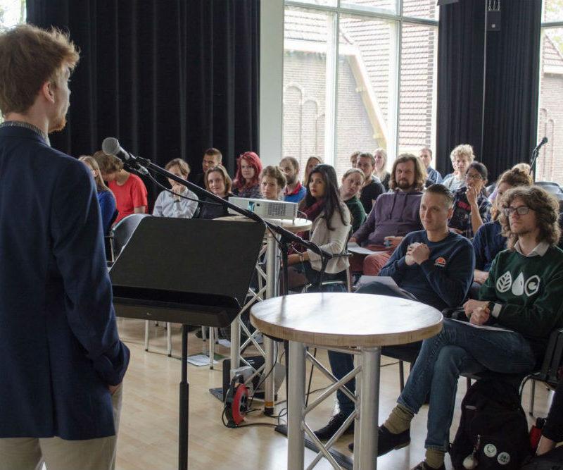 Presentatie in studio oost